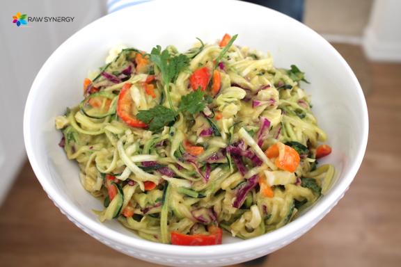 zucchini noodles avo mango sauce